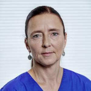Lydia Höfer Assistenz, Implantologie, Qualitätsmanagement