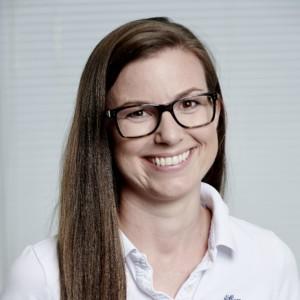 Dr. Julia Wolff, M.Sc. Zahnärztin - spezialisiert auf mikroskopische Wurzelkanalbehandlungen